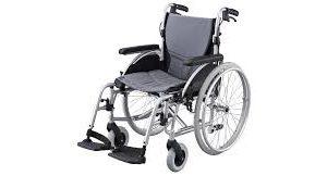 Merits L406-18 Self Propelled Wheelchair